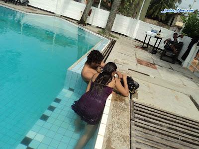 Underwater photo shoot with Udari Warnakulasooriya