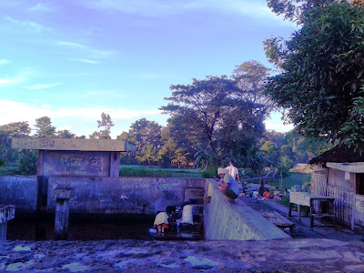 Sendang Umbul Pajangan saat pagi hari