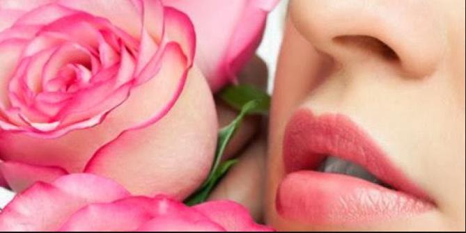 Tips Agar Bibir Tetap Merah Merona