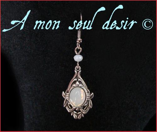 Boucles d'oreilles elfique féerique elfe Arwen fée opale blanche bijou Lumière d'Elendil Galadriel White opal fairy elven earring jewel