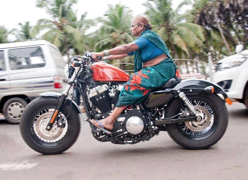 Bangalore it girl rides his boyfriend 4