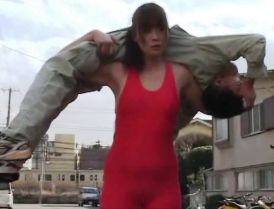 Huge women lift and carry