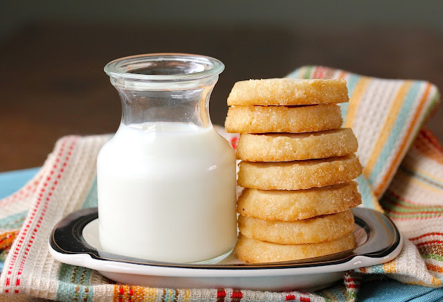 Demerara Shortbread Cookies
