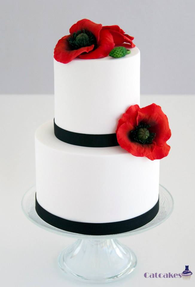 Tarta de boda con amapolas