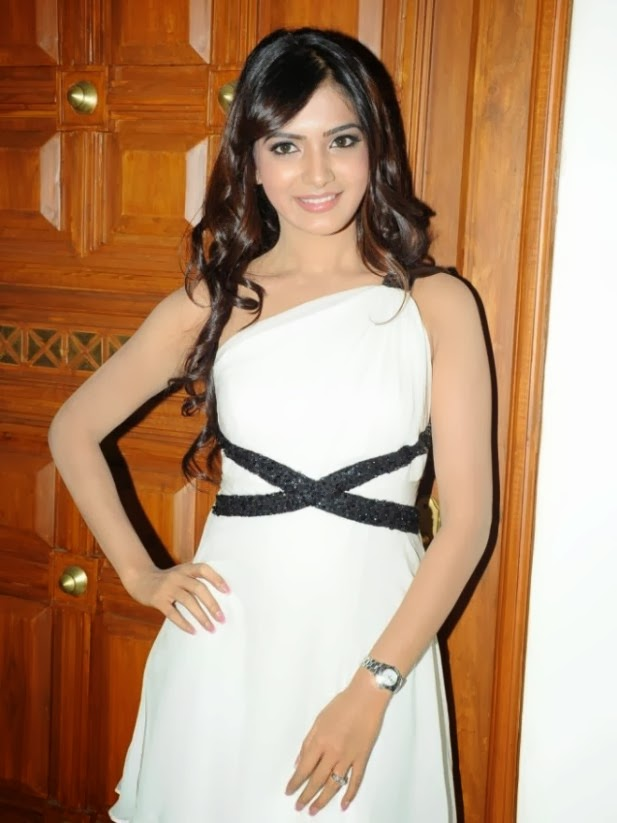 Actress Samantha Latest White Dress Gallery   WoodsTimes ...