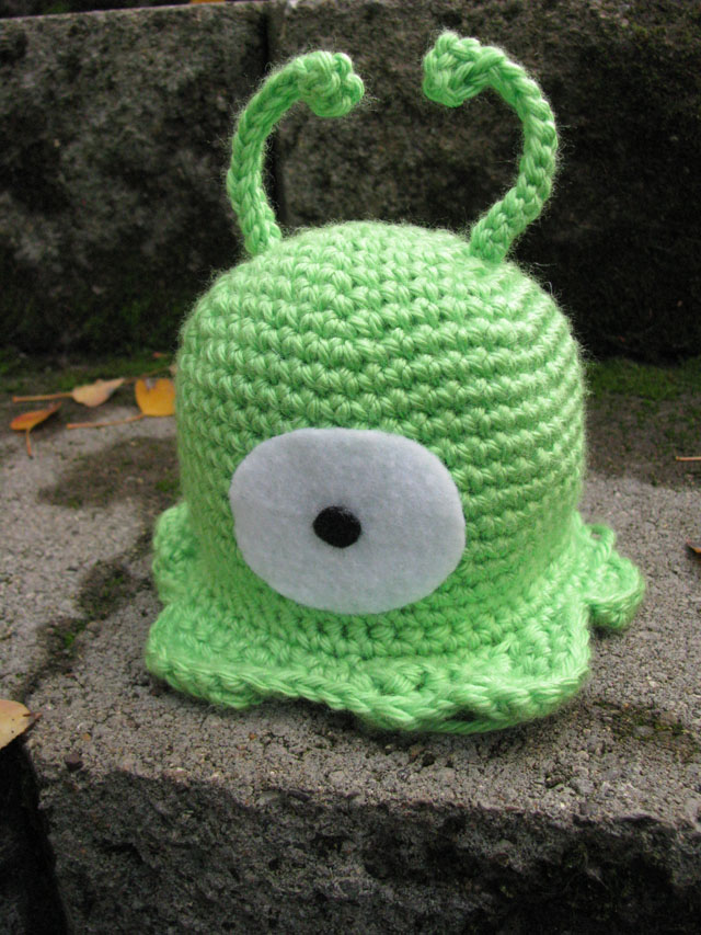 April Sprinkles: Brain Slug amigurumi