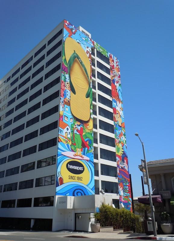 Giant Havaianas flipflop billboard