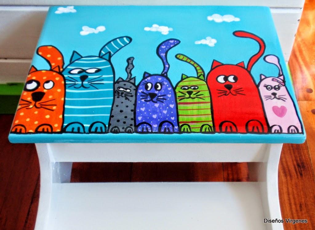 Banquitos escalera pintados a mano alegrando espacios - Disenos muebles pintados ...