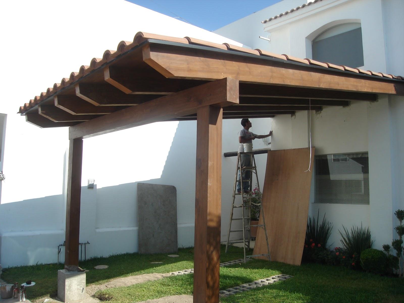 Formas en madera for Cocheras de madera precios