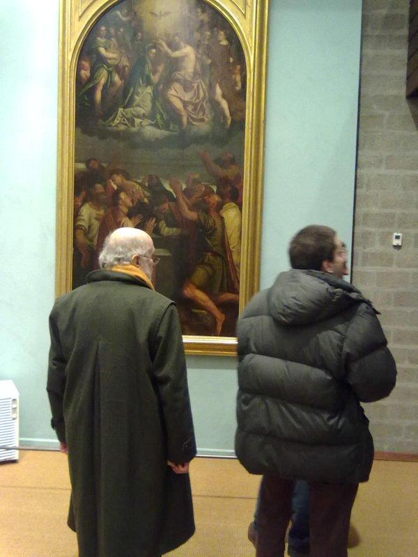 Luciano Bellosi visita con Giovanni Agosti la mostra Il Rinascimento nelle terre ticinesi..., Rancate (Mendrisio), 10 dicembre 2010