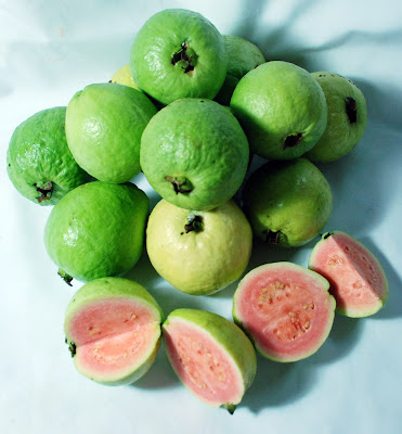 Benefits of Guava For Weight Loss (Diet)