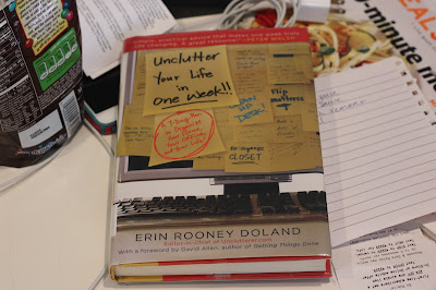 Unclutter Your Life in One Week – Erin Rooney Doland
