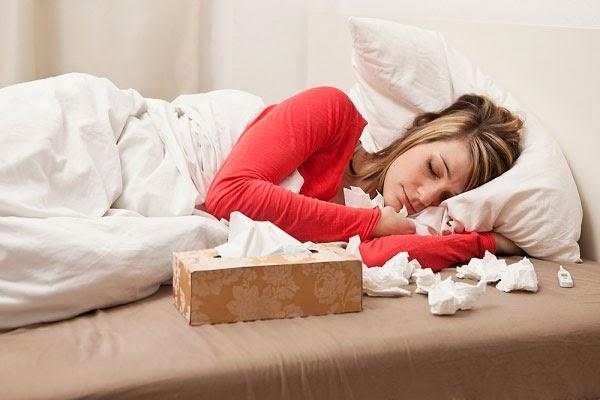 Các biểu hiện để nhận biết cảm cúm với cảm lạnh