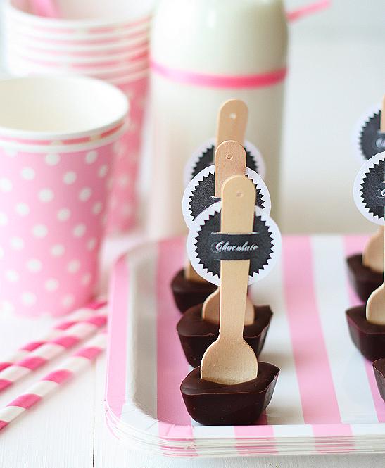 Ideas para fiestas cucharas con chocolate - Decoracion con chocolate ...