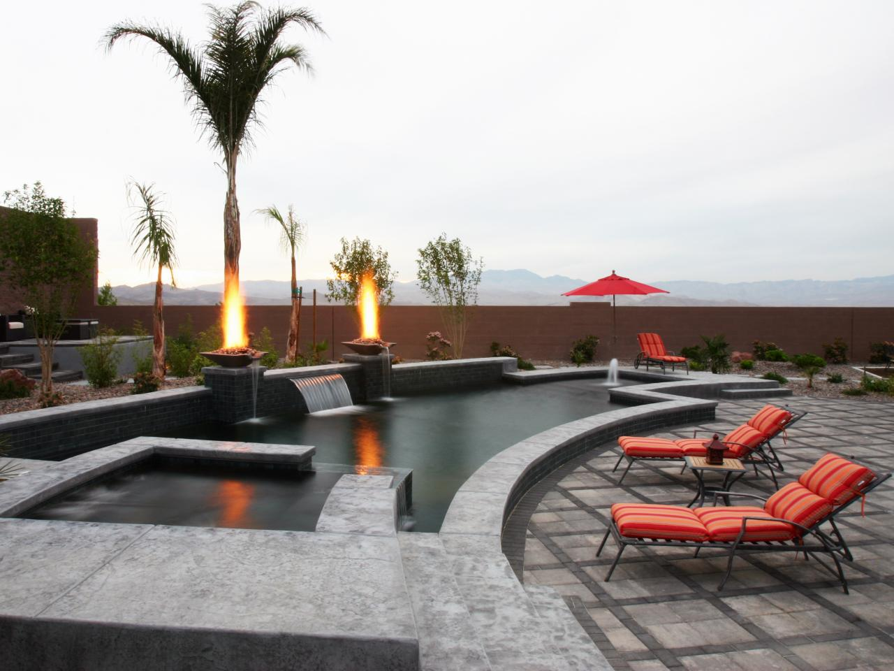 Amazing world top 22 sexiest fire pits for Pool and firepit design