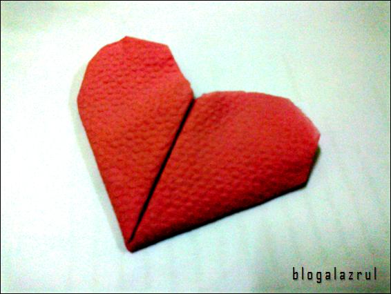 jiwang : origami berbentuk hati (love) dan bunga mawar (rose)