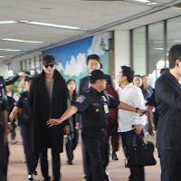 Lee Min Ho arrives at the airport