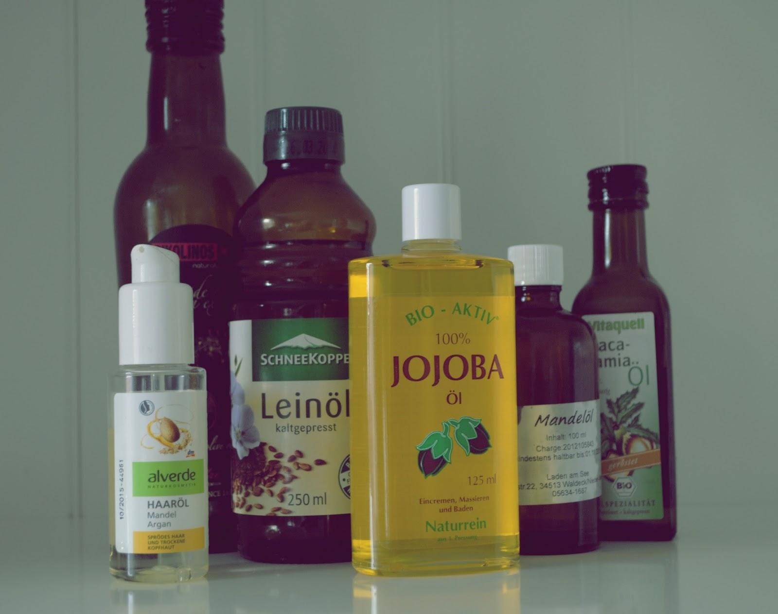 Olej lewej- oliwia z oliwek, olej lniany, jojoba, migdalowy, makadamia.