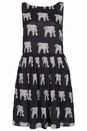 topshop elephant print dress, printed dresses, street shopping, colaba causeaway shopping, where to shop in india, mumbai shopping