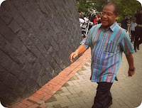 Barnabas Suebu Tuntut KPK Minta Maaf di Media Nasional