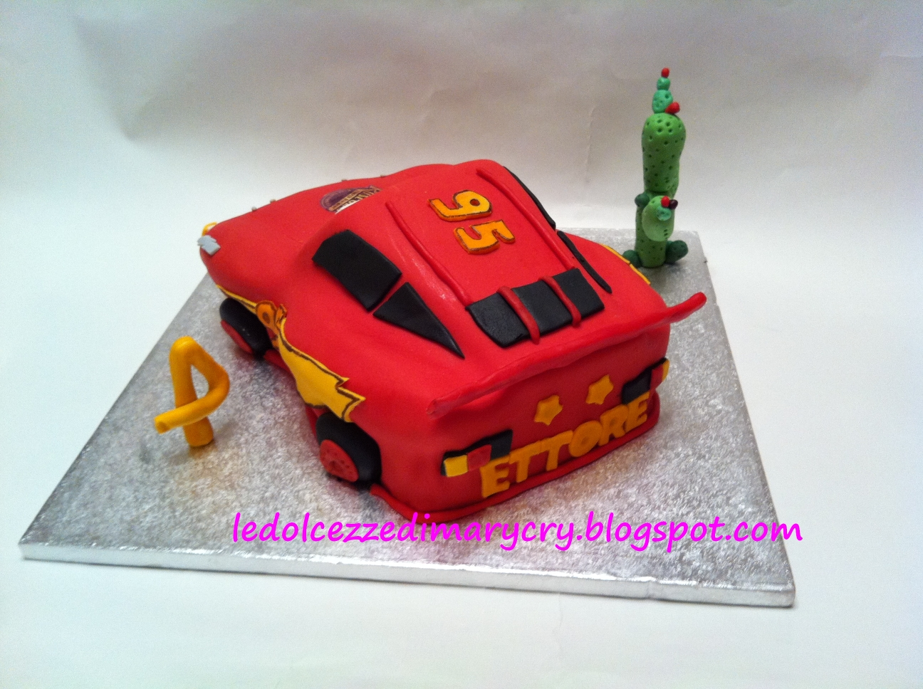 Le dolcezze di mary cry cars cake