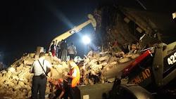 Evakuasi Korban Pesawat Hercules Masih Berlanjut Malam Ini