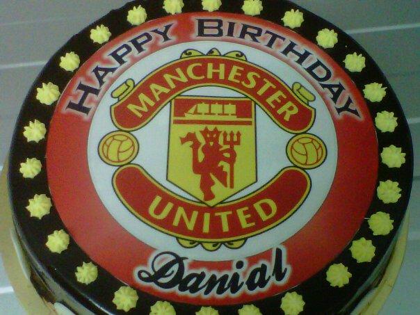 Man Utd Birthday Cake