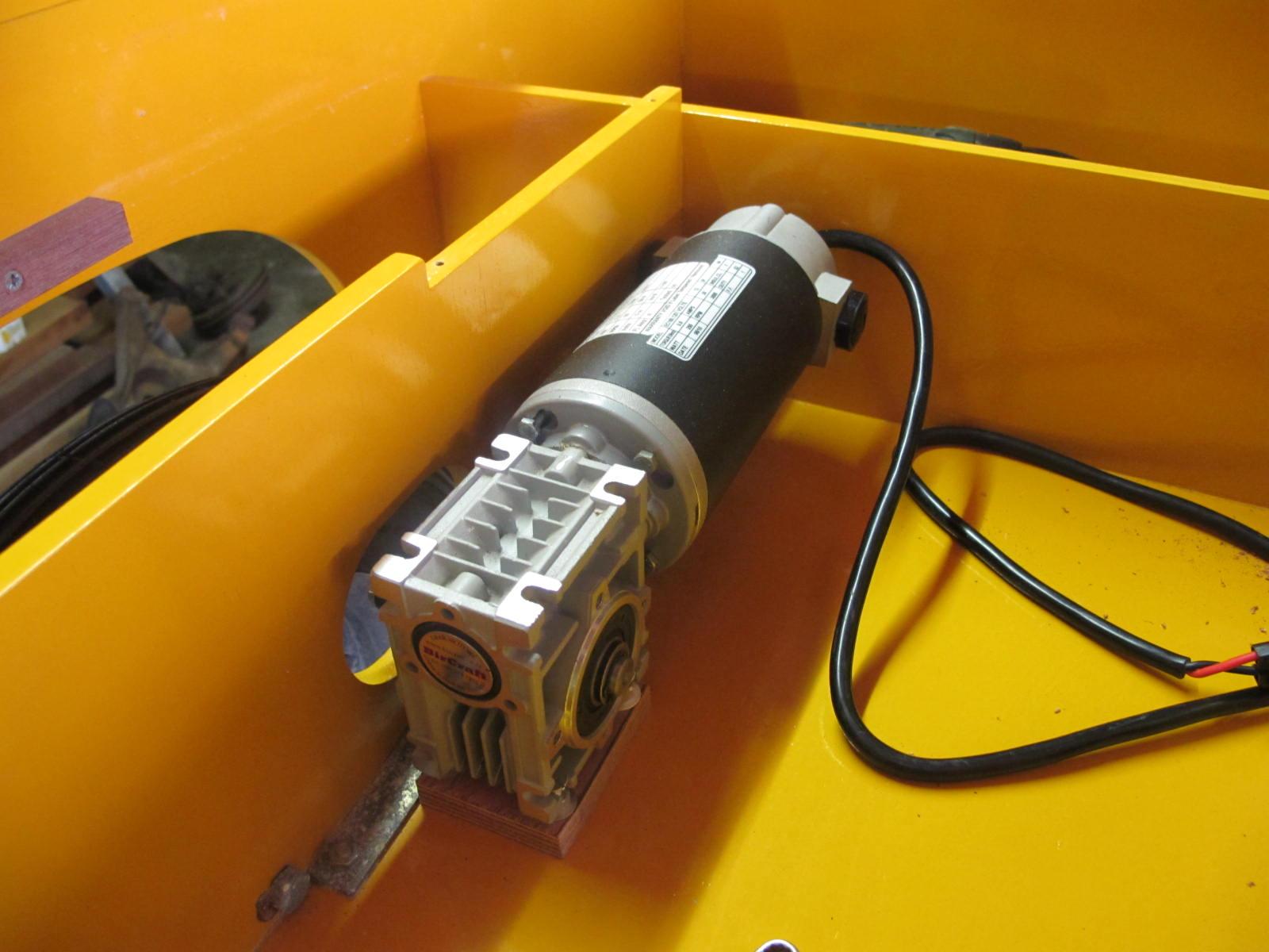 Ckd boats roy mc bride our toylander gets its 12 volt for 12 volts dc motor