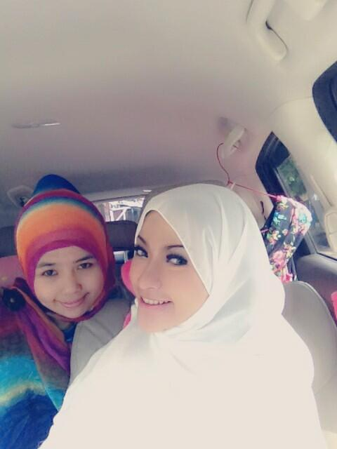 amel alvi sexy hijab