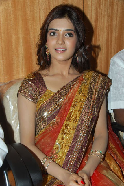 Samantha Sizzles at South India Mall Launch