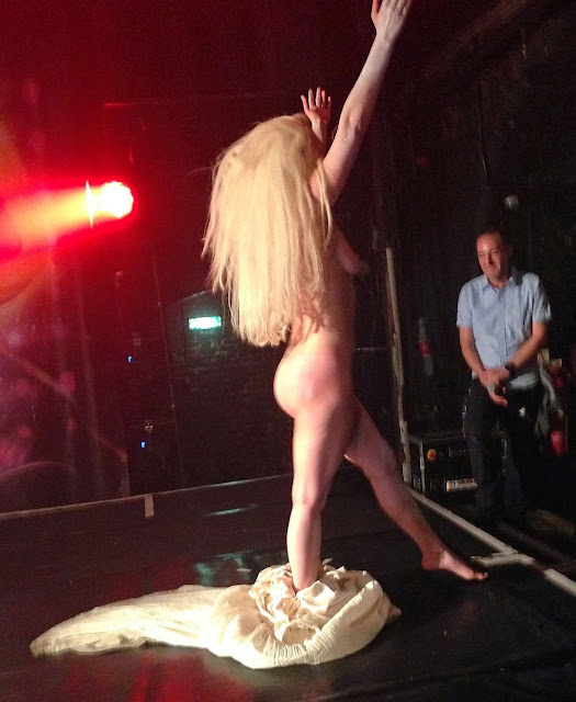 miss rhode island naked