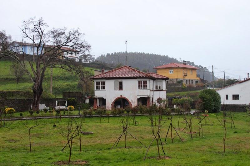 Exterior de la casa de Rosa, futuro albergue de peregrinos. Foto: Carlos Mencos.