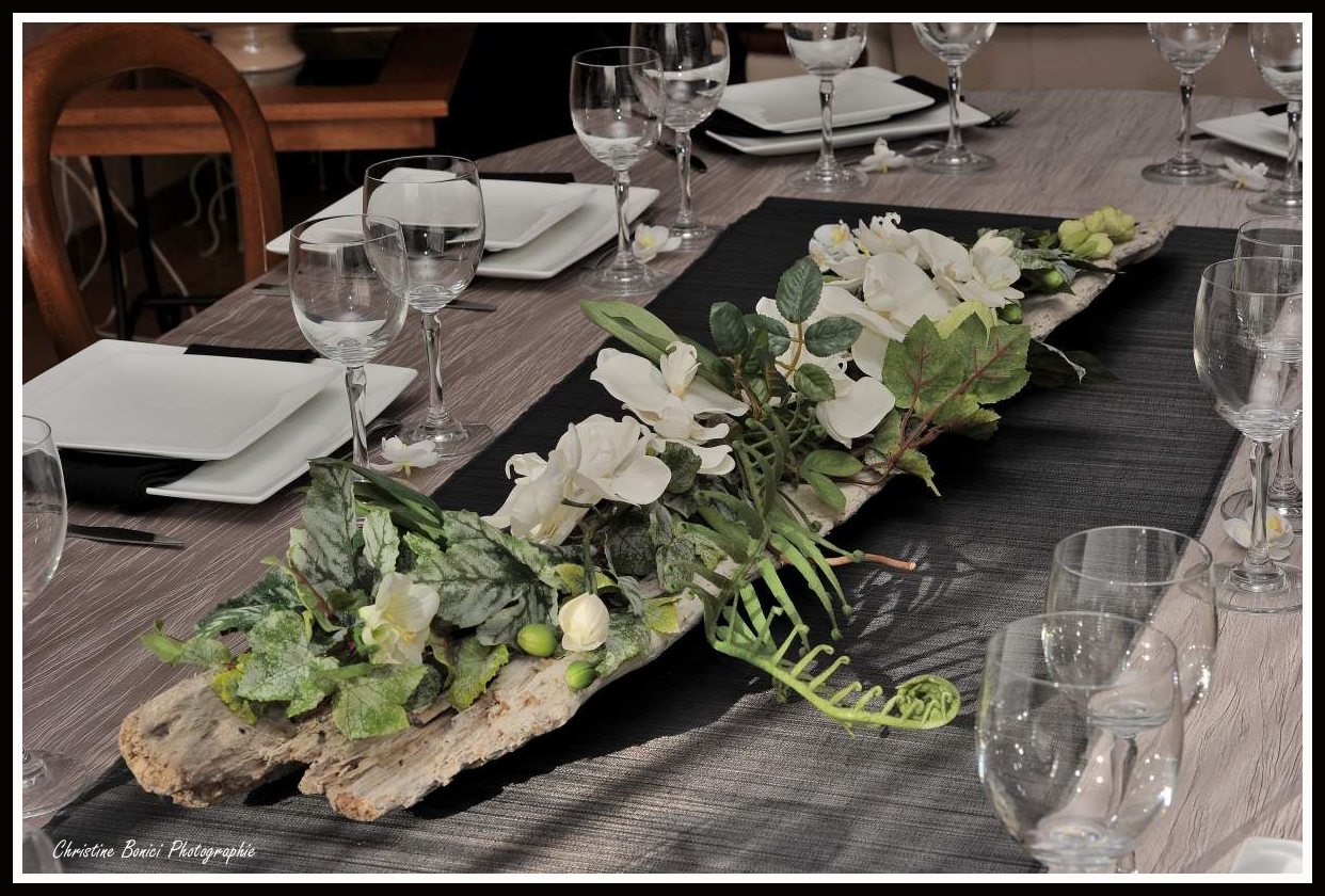 Table bois flott mes d corations de tables for Deco table mariage bois flotte