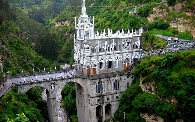 Pasta Las Lajas Sanctuary in Colombia