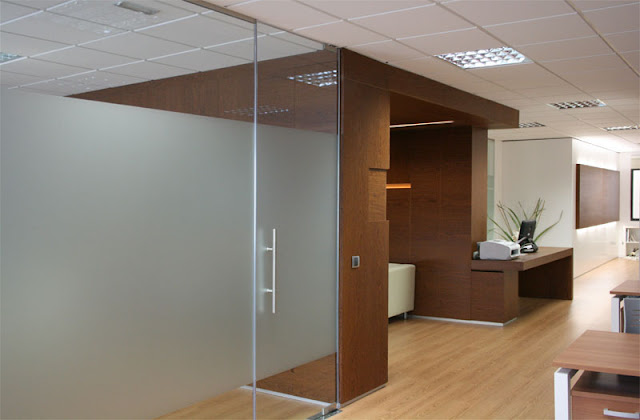Reforma Interior del Despacho Serrallé Abogados. Grupo GUBIA ...