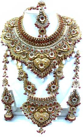 Indian Wedding Jewellery Designs Are Most Popular In India And Girls Specially Puchase For Her Day Here We Collect Some Awesome