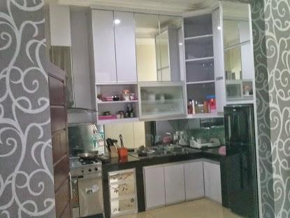 Kitchen set kotor mas Doni Depok at bella casa depok 2