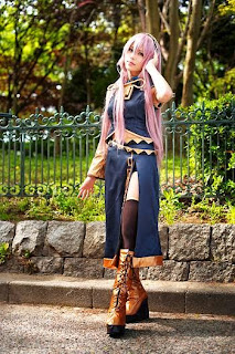 Vocaloid Megurine Luka cosplay by Kanata