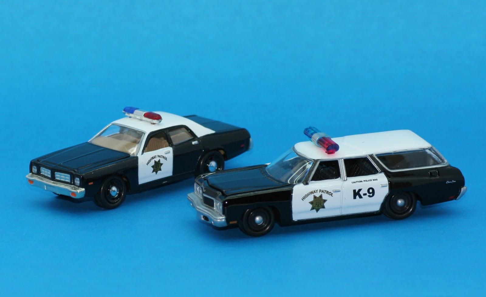 Incredible Mini Garage Chevrolet Caprice Wagon 1973 K 9 Highway Patrol 1 64 Johnny Lightning