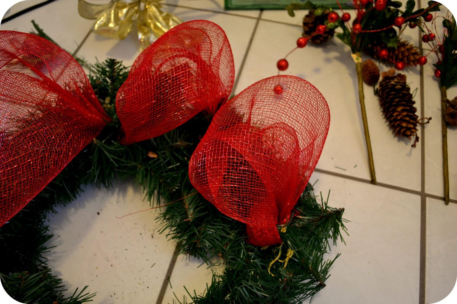 friday december 2 2011 - Christmas Mesh
