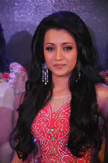 Trisha Krishnan walks the ramp in a beautiful Ghagra at Sladen Fashion Show