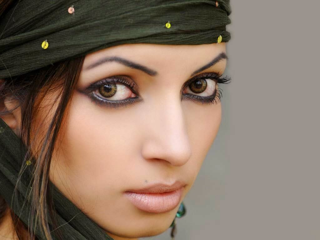 Shama Sikander HD Wallpapers Free Download