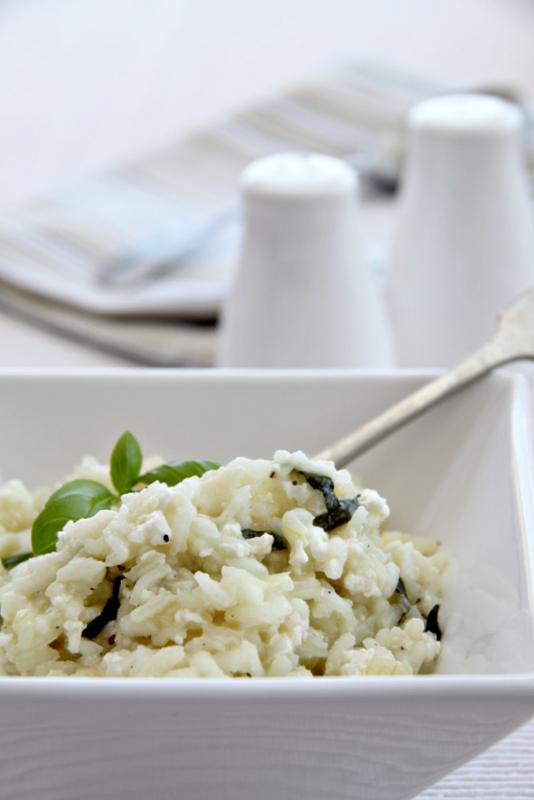 Risotto z białym serem i bazylią