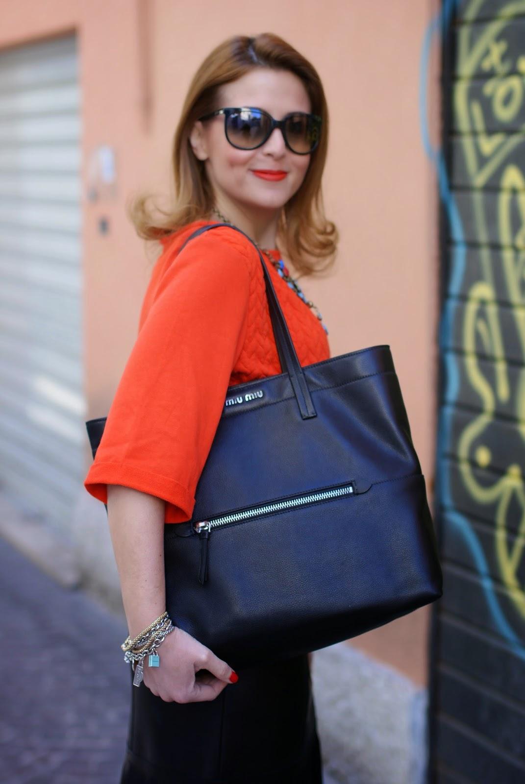 Blumarine leather fringed skirt, fringe hemline skirt, Miu Miu black tote, Fashion and Cookies fashion blog, fashion blogger