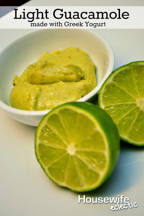 Housewife Eclectic: Light Guacamole made with Greek Yogurt