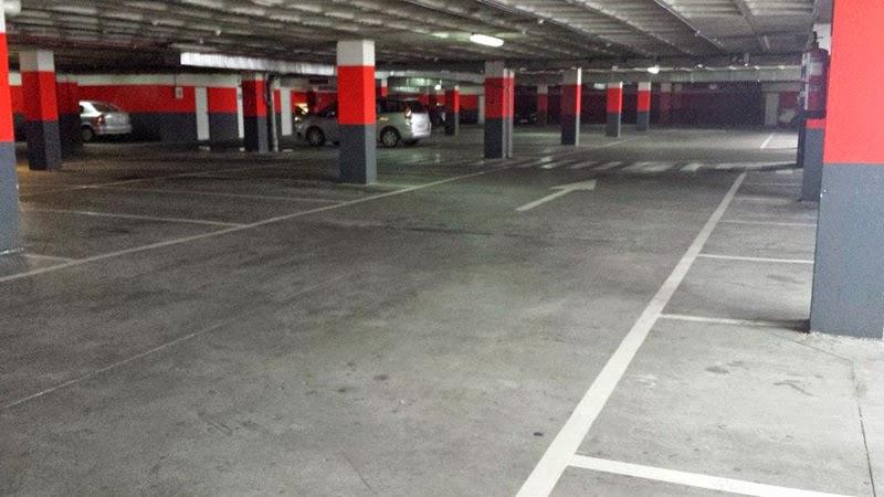 parking del Centro Comercial Los Cipreses, Garrido, Salamanca