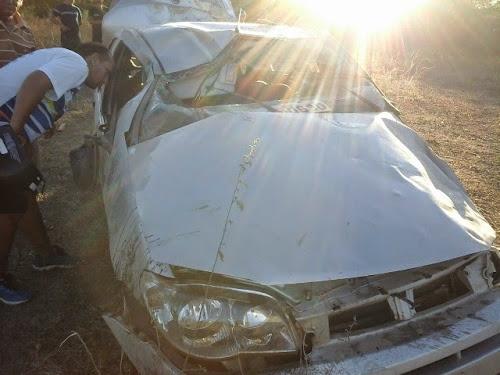 Capotamento de veículo deixa empresário ferido em Iguatu