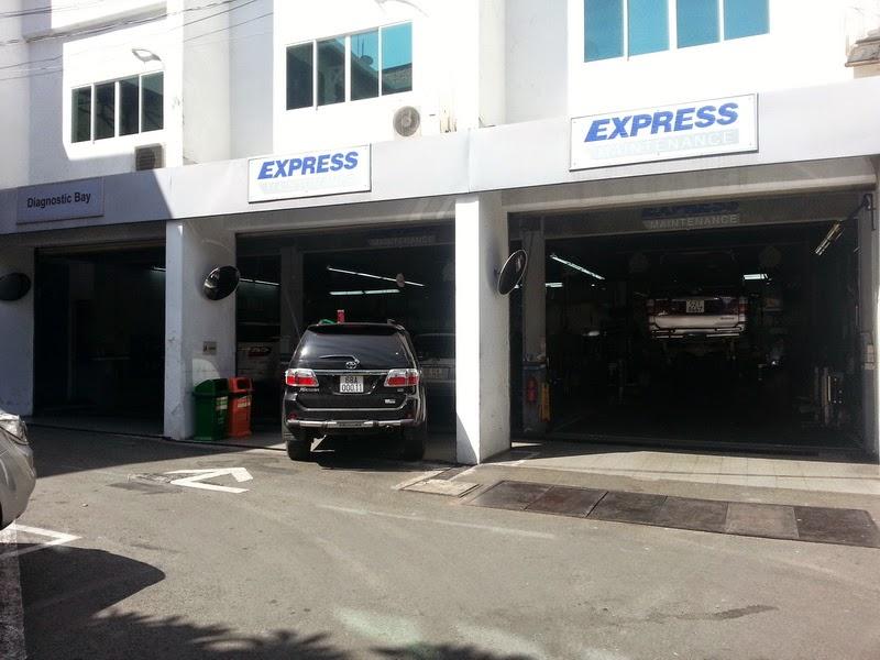 Giá Xe Toyota Altis 2014 Tại TPHCM 10
