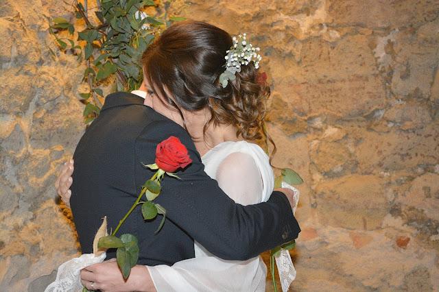 rosa roja boda ceremonia novios