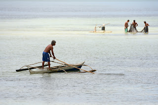 Fishermen near the shore at Daanbantayan, Cebu, Philippines